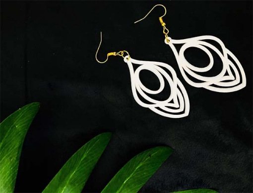Floral white ringed Earrings
